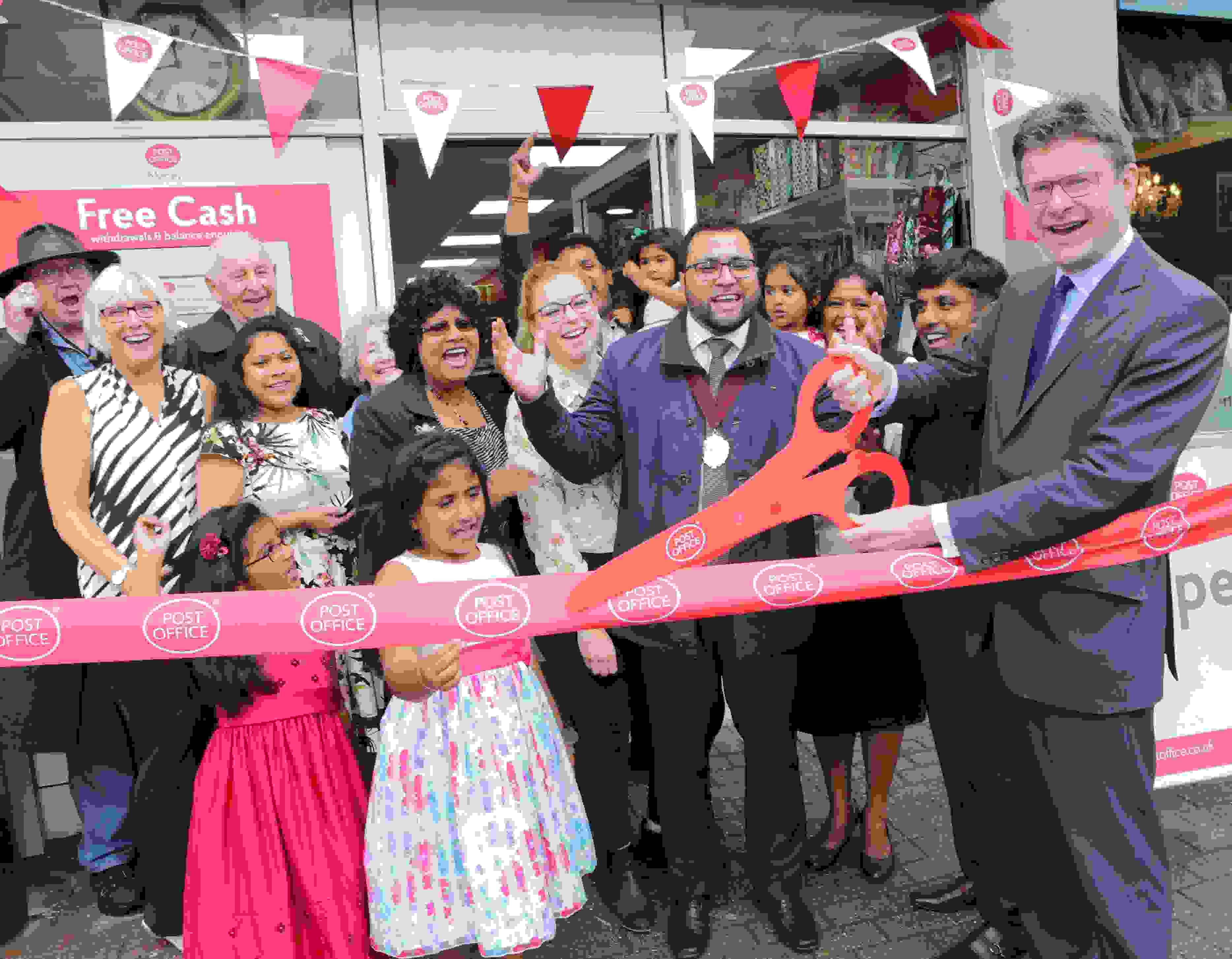 Greg Clark opens modernised Southbrough branch